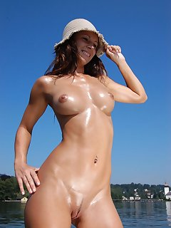 Solo Nudist Pics