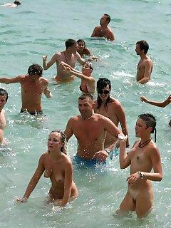 Candid Nudist Pics