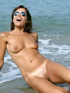 Naked Nudist Pics